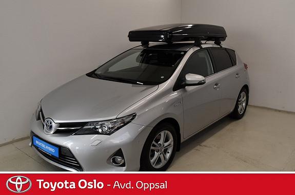 Toyota Auris 1,8 Hybrid E-CVT Executive Ryggekamera, Navigasjon, DAB  2014, 50307 km, kr 229900,-