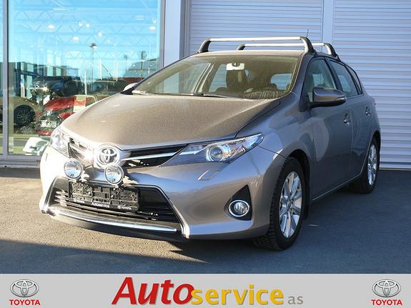 Toyota Auris 1,6 Valvematic Active aut Go navi  2014, 25000 km, kr 229000,-