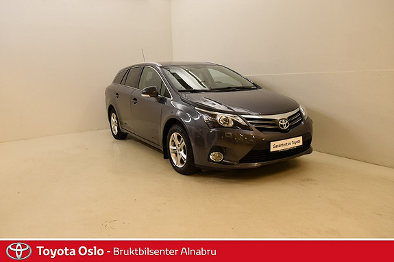 Toyota Avensis 1,8 147hk Advance Multidrive S DAB+, Automat, Navigasjo  2013, 35550 km, kr 244900,-