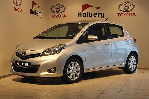 Toyota Yaris 1,33 Style Hengerfeste, Ryggekamera, Bluetooth, Navigas  2012, 13450 km, kr 139000,-
