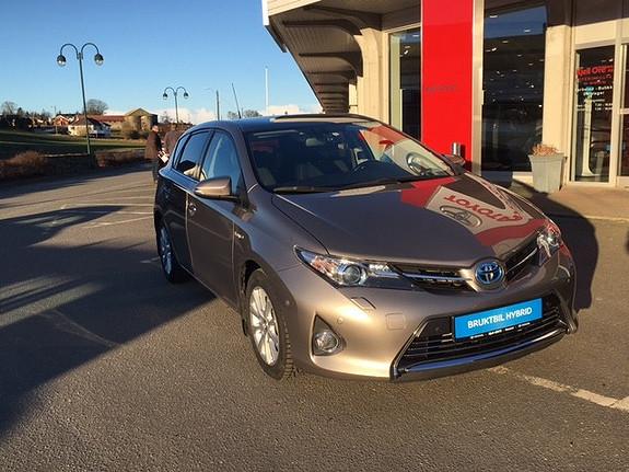 Toyota Auris 1,8 Hybrid E-CVT Executive m/ Navi, ryggekamera, park.s  2014, 43189 km, kr 239000,-