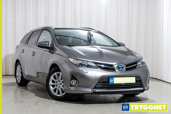 Toyota Auris 1,8 Hybrid E-CVT Executive Kamera Cruise Navi Skinn