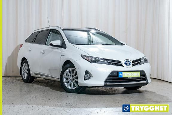 Toyota Auris 1,8 Hybrid Executive HSD Skinn, pano, S-IPA, AFS ++