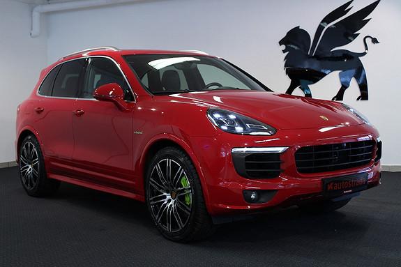 Porsche Cayenne SPORT DESIGN SPORT CRONO PANO LED ACC BOSE