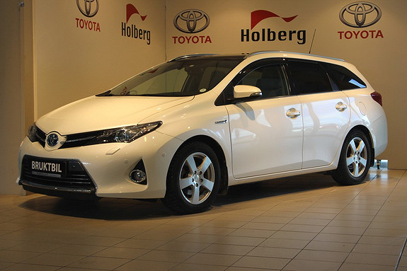 Toyota Auris 1,8 Hybrid Executive HSD Glasstak, Skinn, Ryggekamera,  2014, 42500 km, kr 249000,-