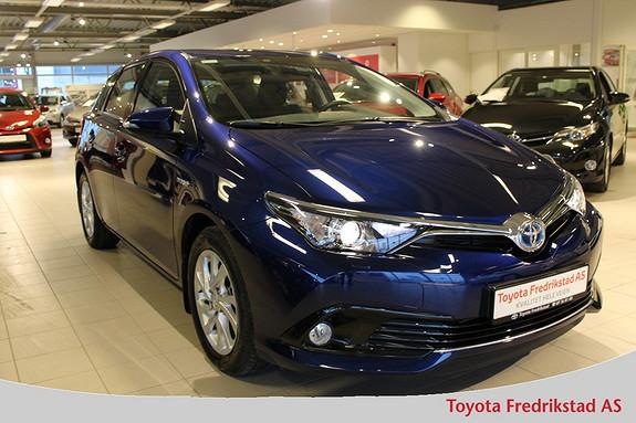 Toyota Auris 1,8 Hybrid E-CVT Active , navigasjon, ryggekamera, DAB+  2016, 8300 km, kr 269000,-