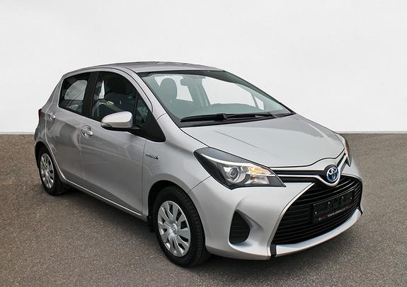 Toyota Yaris 1,5 Hybrid Active e-CVT Pe Yaris Hybrid Navi ++  2015, 46000 km, kr 179000,-