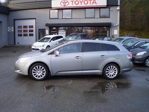 Toyota Avensis Executive  2009, 140500 km, kr 138660,-