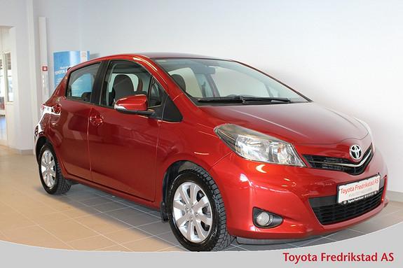 Toyota Yaris 1,33 Style Multidrive S , 1 eier, lav km, navigasjon, r  2012, 33800 km, kr 139000,-