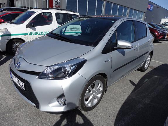 Toyota Yaris 1,5 Hybrid Style  2014, 9345 km, kr 179000,-