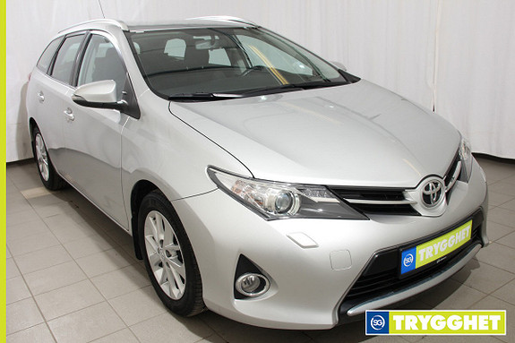 Toyota Auris Touring Sports 1,33 Active Ny service