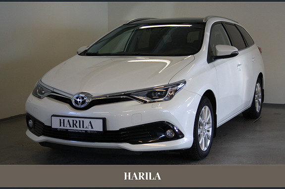 Toyota Auris Touring Sports 1,2 Style Panorama  2015, 39 500 km, kr 249 000,-