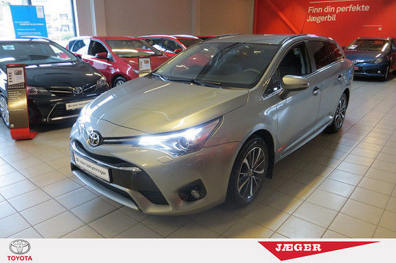 Toyota Avensis Touring Sports 1,8 Active M-drive 7S M. DAB+  2016, 8000 km, kr 329000,-