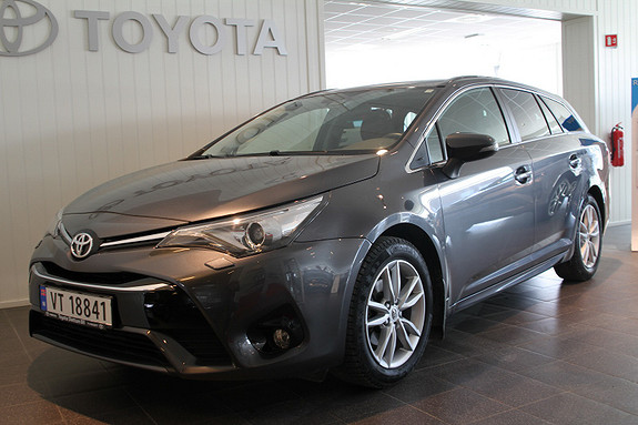 Toyota Avensis Touring Sports 1,8 Active Style M-drive 7S NAVI/DAB+  2015, 40000 km, kr 329000,-