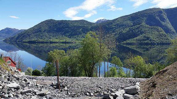 SÆLA- EITT PARADIS I NAUSTDAL.SISTE TOMTA FOR EINEBUSTAD.