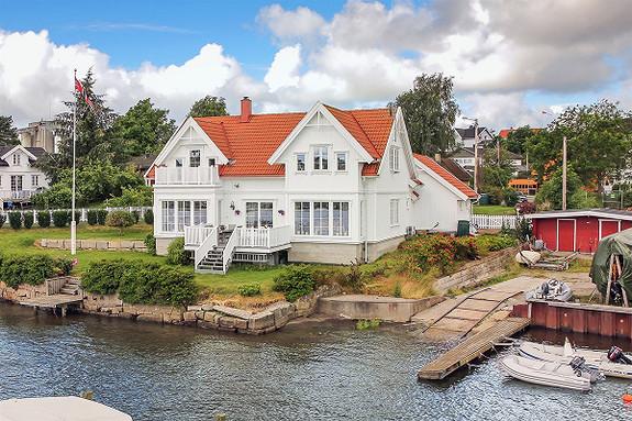 Enebolig - Fredrikstad - 4 800 000,- Møller & Partners