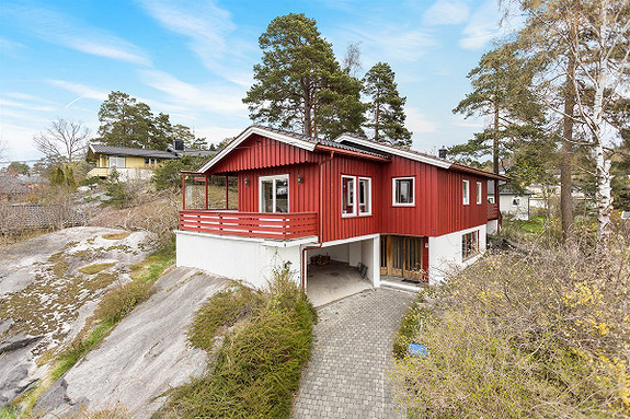 Enebolig - Larvik - 2 980 000,- Leinæs & Partners