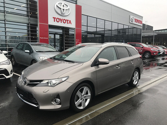 Toyota Auris Touring Sports 1,6 Mdrive Executive Toppmodell, IPA +++  2014, 41000 km, kr 229000,-