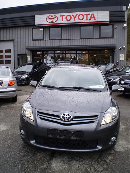 Toyota Auris 1,6 bensin KuroS  2010, 54500 km, kr 133660,-