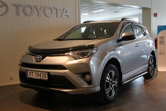 Toyota RAV4 Hybrid 4WD Active Style DAB+/TILH.FESTE/MORORVARMER  2016, 15200 km, kr 479000,-