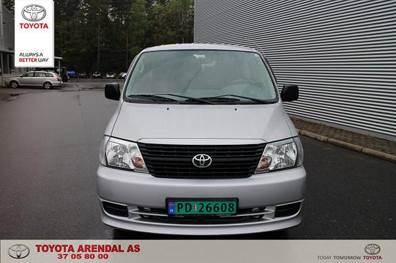 Toyota HiAce D-4D 5-d 117hk 4WD kort Fulgt servicer og kun 1 eier.  2008, 272000 km, kr 99000,-