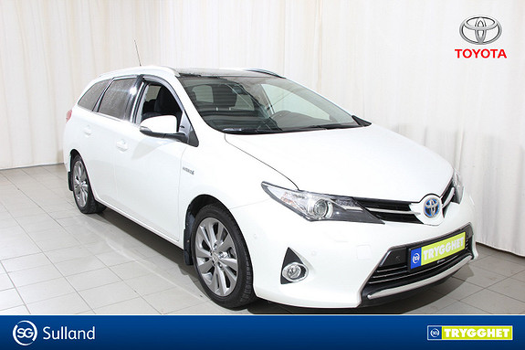 Toyota Auris 1,8 Hybrid E-CVT Executive navi,ryggekamera,panoramatak