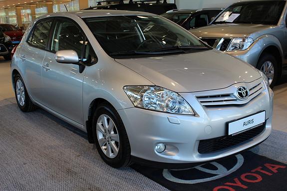 Toyota Auris 1.4 D-4D Advance m/parkvarmer, hengerfeste, p-sensor  2011, 83500 km, kr 129000,-