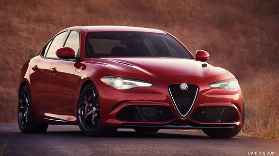 "Alfa Romeo Giulia Quadrifoglio 510hk 8,8"" navi HK Lyd  2017, 15 km, kr 1134000,-"
