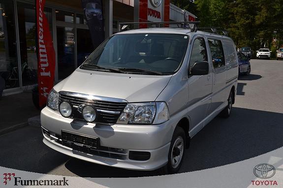 Toyota HiAce D-4D 5-d 117hk 4WD lang  2011, 68000 km, kr 239000,-