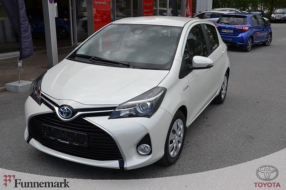 Toyota Yaris 1,5 Hybrid Active  2016, 2600 km, kr 215000,-