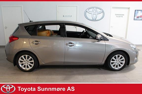 Toyota Auris 1,8 Hybrid E-CVT Active Go navi **GARANTI**TECTYLBEHAND  2013, 52000 km, kr 199000,-