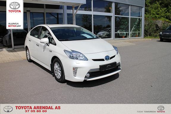 Toyota Prius 1,8 VVT-i Plug-in Hybrid Premium Pen Premium Plug inn  2014, 68000 km, kr 219000,-