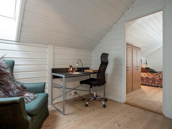 Stilig leilighet, sentrumsnært og fredelig beliggende på Holmen/Seiersten