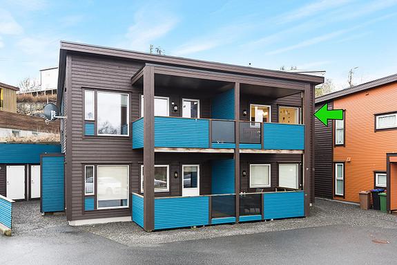 Kolltveit - Flott og moderne 3-roms leilighet sentralt på Kolltveit. Egen parkeringsplass.