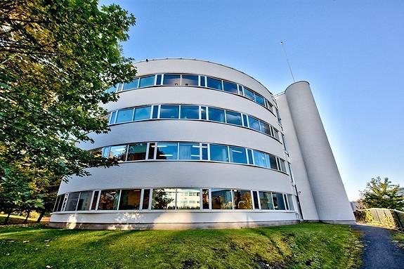 Lyse kontorlokaler - sentralt på Lysaker