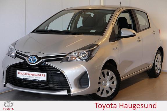 Toyota Yaris 1,5 Hybrid Active e-CVT Navigasjon, kamera, Bluetooth,  2015, 53338 km, kr 175000,-