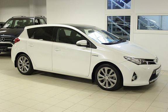 Toyota Auris 1,8 Hybrid E-CVT Executive  2013, 39208 km, kr 199000,-