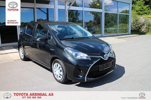 Toyota Yaris 1,5 Hybrid Active S e-CVT Strøken Yaris Hybr Navi Dab++  2015, 43000 km, kr 179000,-