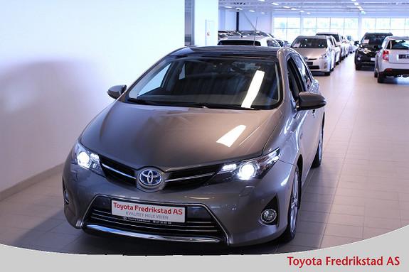 Toyota Auris 1,8 Hybrid E-CVT Executive  2014, 19218 km, kr 239000,-