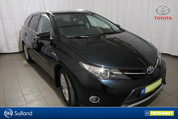 Toyota Auris Touring Sports 1,8 Hybrid Executive En eier