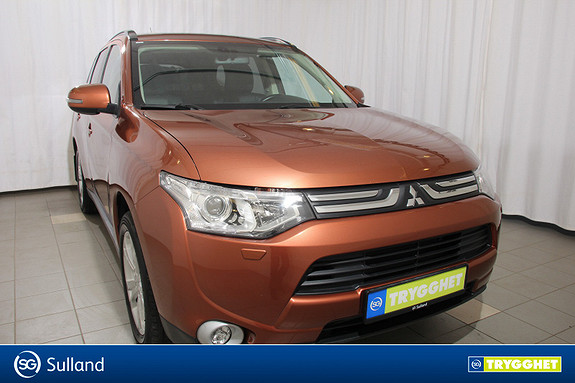 Mitsubishi Outlander Instyle+ 2.2-150 DI-D 7-seter