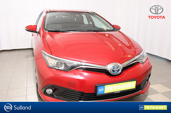 Toyota Auris Touring Sports 1,8 Hybrid Active S En eier