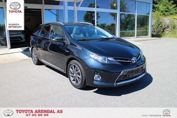 Toyota Auris 1,8 Hybrid Executive HSD Topp modell med skinn, navi..  2013, 52400 km, kr 239000,-