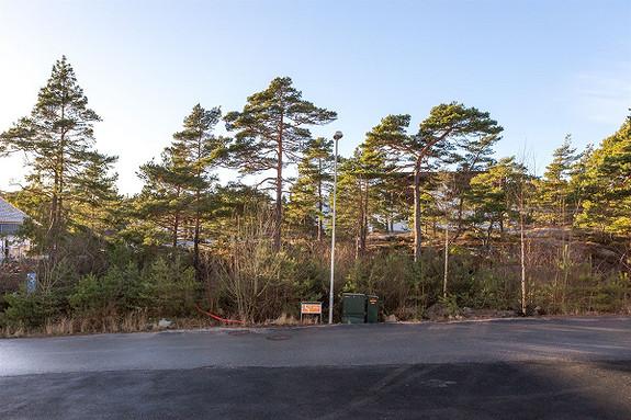 Tomt med rammetillatelse for enebolig med to boenheter  - Prestegårdskogen, Skjærhalden - Hvaler
