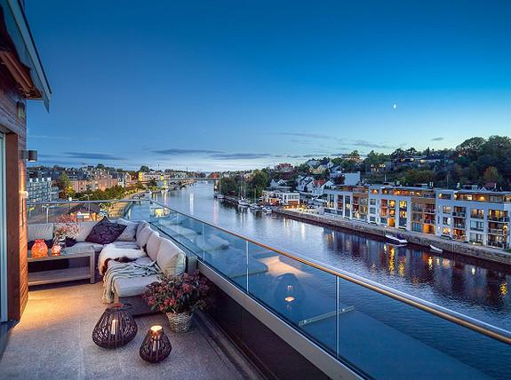 Stor luksuriøs hjørneleilighet på brygga, helt rå utsikt- Fredrikstad sentrum.