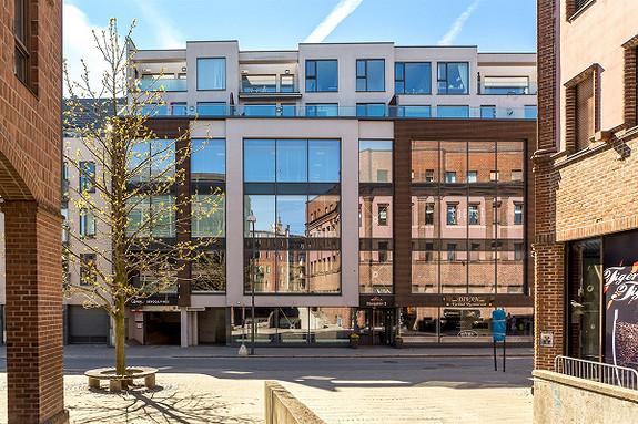 Stor 3-roms leilighet i hjertet av sentrum - lave felleskostnader - Sentrum