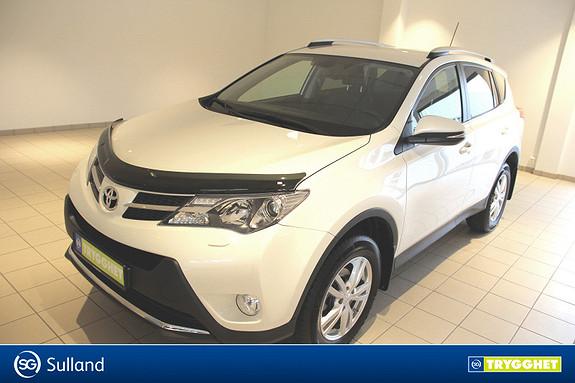 Toyota RAV4 2,0 4WD Executive CVT Meget pen, Navigasjon, lav KM