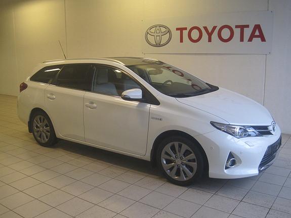 Toyota Auris Touring Sports 1.8 Hybrid Executive  2014, 49950 km, kr 238000,-
