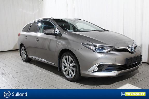 Toyota Auris Touring Sports 1,8 Hybrid Executive Skinn-JBL-Panorama