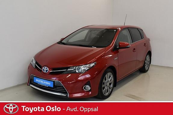 Toyota Auris 1,8 Hybrid E-CVT Executive  2014, 26194 km, kr 219900,-